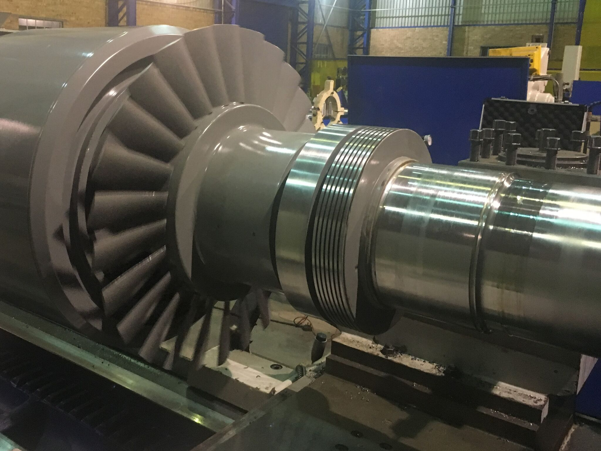 Machining generator rotor journals